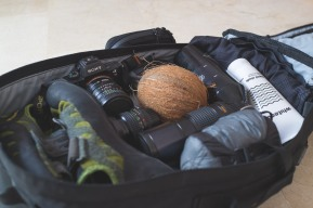 Essentials for a day trip in Mallorca. The survival coconut is probably the most versatile tool of the lot. Can be used for: water, food, oil, fire starter, string, bowl, IV fluid, weapon, prop. Plus a super light weight hammock from Sea to Summit (155g), liquid chalk from Whiteout for deep water soloing and the Sony A7II with some Minolta lenses
